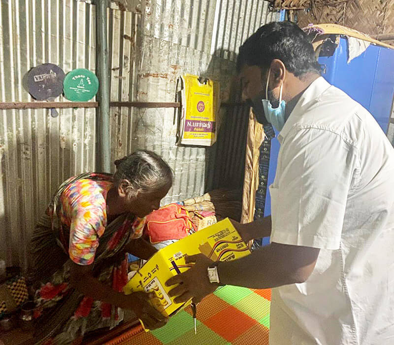 Food Parcels are given out to the local people in Chennai provided by support for LMI's COVID-19 International Relief Campaign