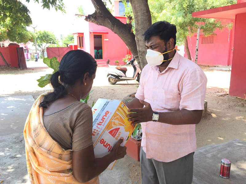 Food Parcels are given out to the local community in Chennai provided by support for LMI's COVID-19 International Relief Campaign
