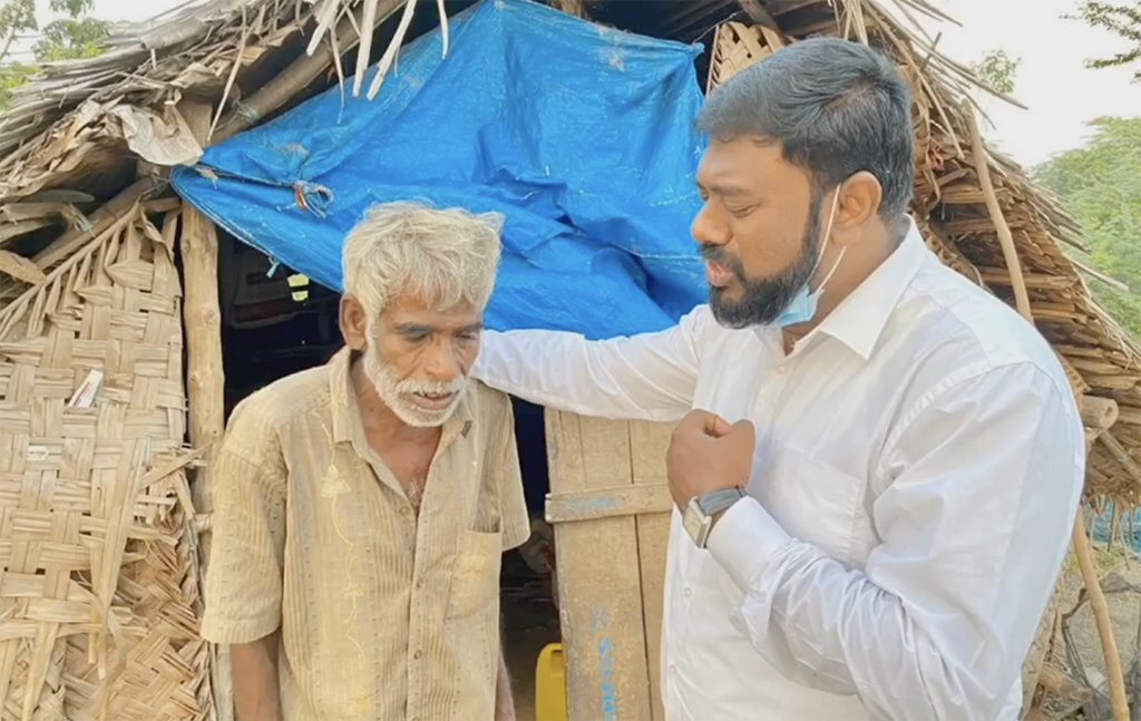 LMI's Coordinator in Chennai, India was able to provide homeless people with clothing and food parcels over Christmas 2020.